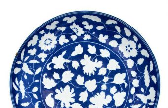 This chipped bowl bought for just £3 was in fact a rare 300-year-old Chinese antique