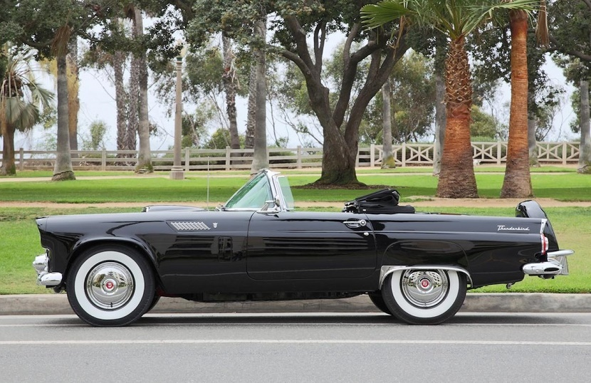 The Ford Thunderbird is the only car in existence documented to have been owned and driven by Monroe