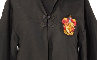 The robe was worn on-screen by Daniel Radcliffe in the 2001 blockbuster