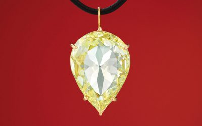 The 24.04-carat, pear-shaped, canary yellow Moon of Baroda diamond