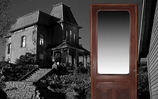 The front door to the infamous Norman Bates 'Psycho' house is expected to fetch up to $30,000