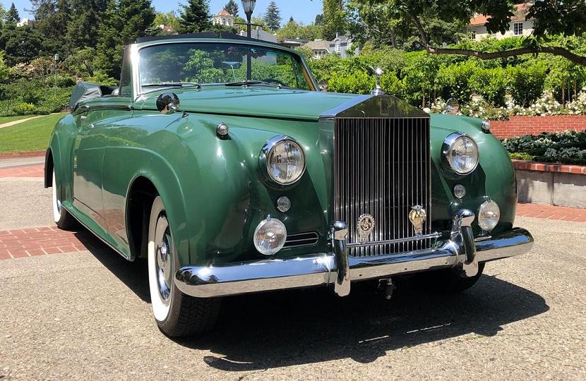 Αποτέλεσμα εικόνας για AUCTION FOR 2 CARS OF ELIZABETH TAYLOR