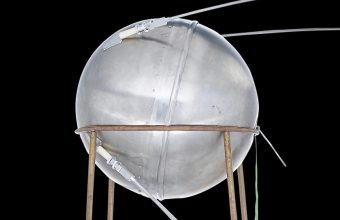 Sputnik test model to auction at Bonhams