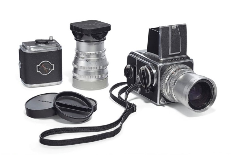 Douglas Kirkland's 1959 Hasselblad 500C camera, estimated at $200,000 - $300,000