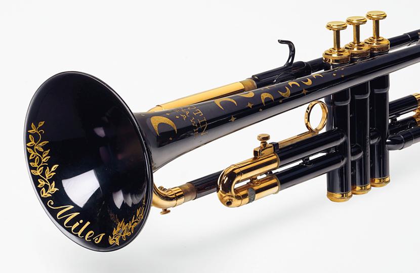 Miles Davis' trumpet to auction at Christie's