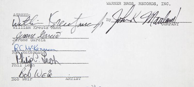 The contract, dated December 28, 1966, bears the signatures of all five original founding members of Grateful Dead (Image: Julien's Auctions)