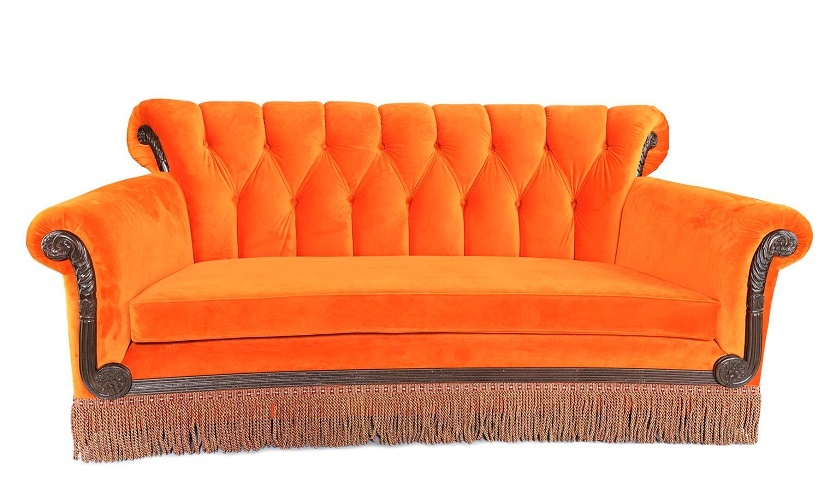 A limited-edition reproduction of the Central Perk couch (Image: Prop Store)