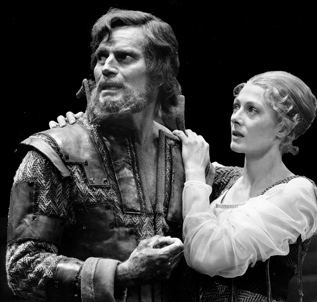 Charlton Heston and Vanessa Redgrave in a 1975 production of Macbeth at the Ahmanson Theatre in Los Angeles (Image: Center Theatre Group)