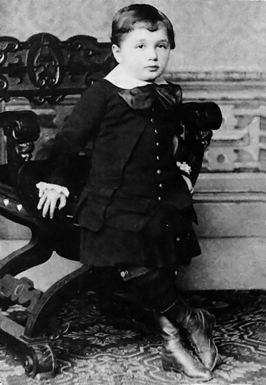 Albert Einstein at the age of three in 1882 (Image: Wikipedia)