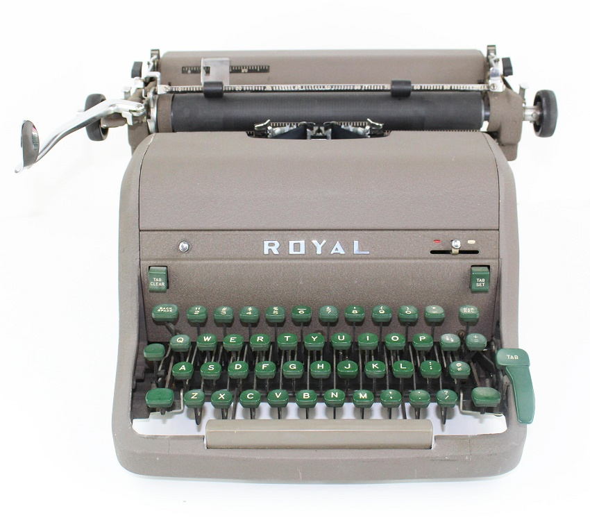 A typewriter used by Ernest Hemingway to write his Paris memoir A Moveable Feast (Image: University Archives)
