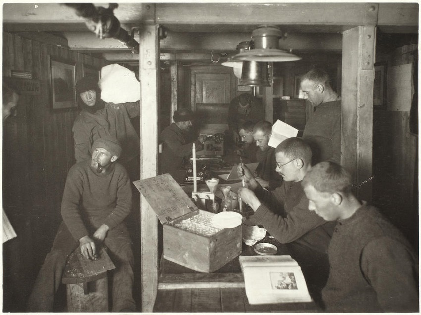 The Imperial Trans-Antarctic Expedition crew aboard the stranded Endurance (Image: Bonhams)