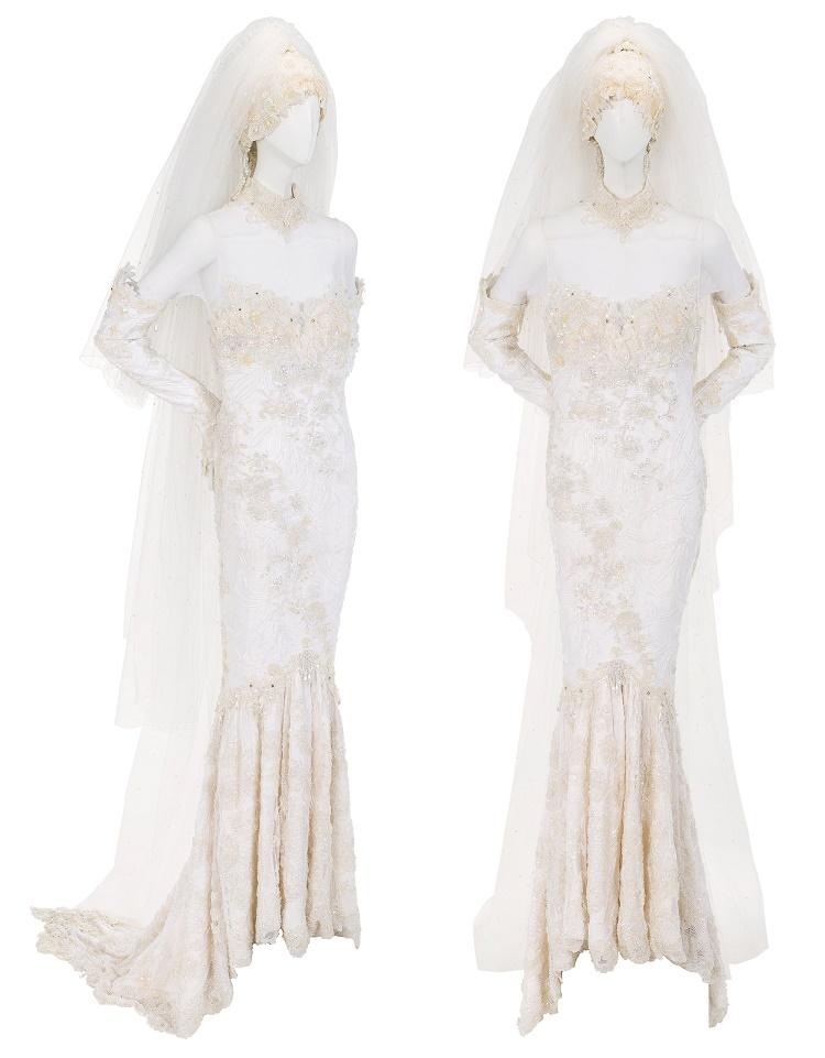 Whitney Houston's one-of-a-kind Marc Bouwer wedding dress (Image: Heritage Auctions)